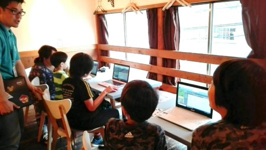 プログラミング体験会 小学生 北千住 プログラミング教室 みらいママ プログラミングコッペ デリコっぺ 習い事